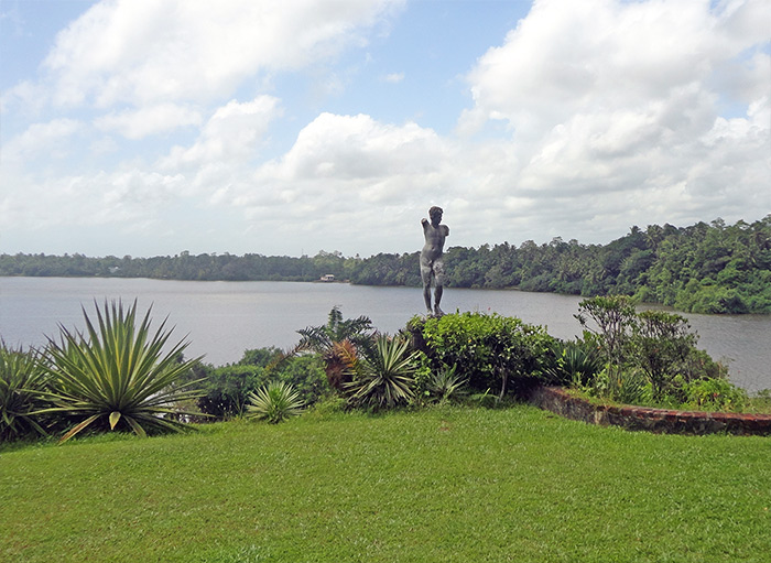 Bentota, Lunaganga house and gardens